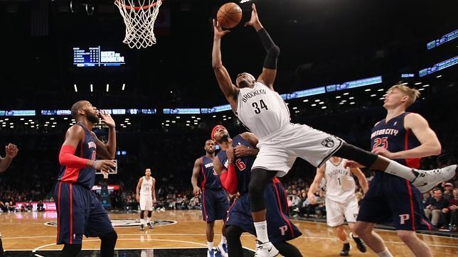 Detroit Pistons contra Brooklyn Nets, en Nueva York