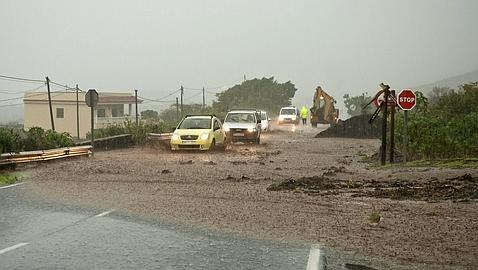 Las Canarias, anegadas por la lluvia
