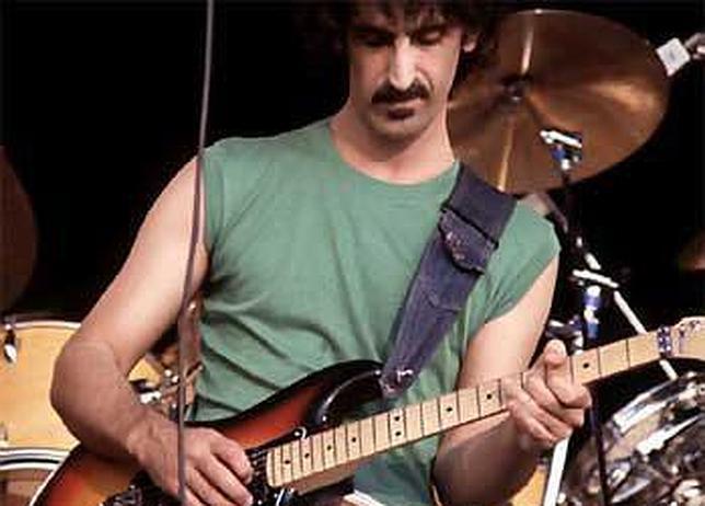 Frank Zappa, el hombre que partió en dos el «rock and roll»