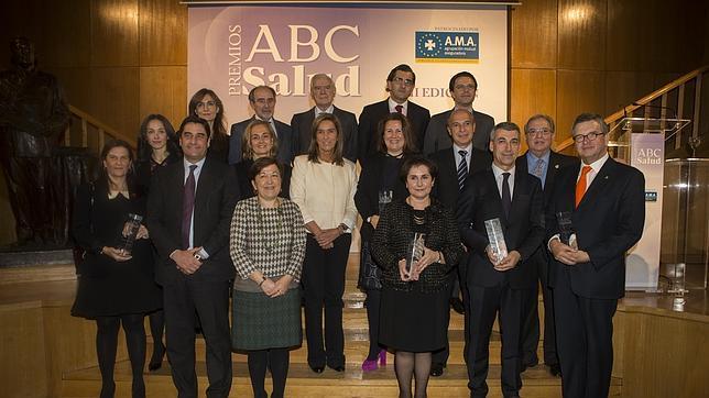 http://www.abc.es/Media/201312/04/premiados-jurado-abc-salud--644x362.jpg
