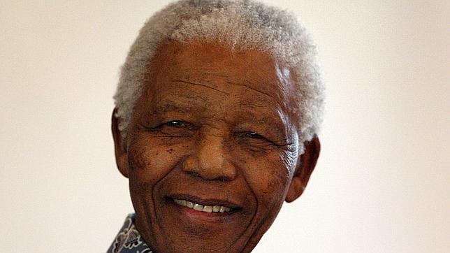 En directo: Sudáfrica continúa esta noche con su «duelo festivo» por la muerte de Mandela