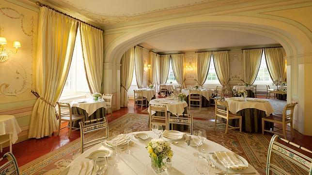 La presencia del restaurante Vila Joya, con dos estrellas Michelin, es uno de los grandes atractivos
