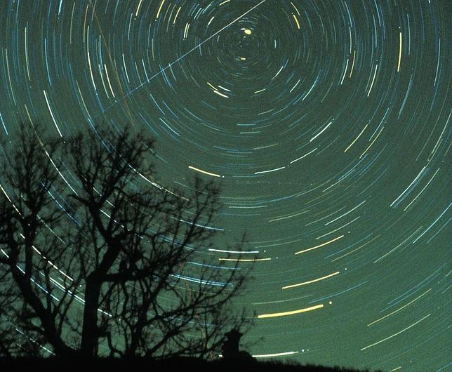 Las Gemínidas, la mejor lluvia de estrellas del año, caen del cielo el viernes