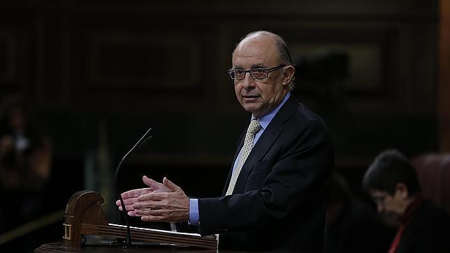 Montoro aprobará el estatuto de Hacienda para zanjar la polémica de las destituciones