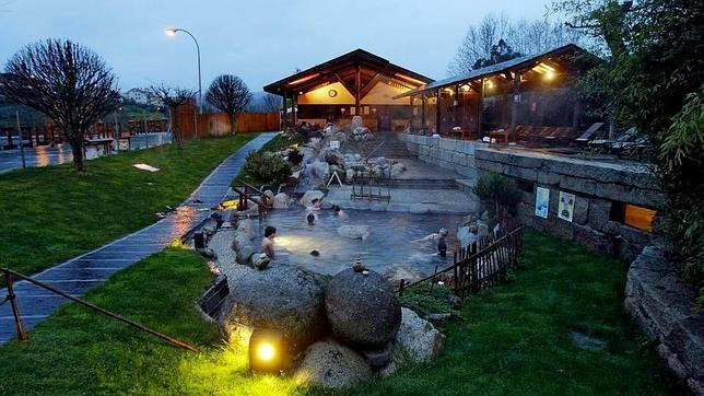 Estacin termal de chavasqueira for Aguas termales naturales madrid