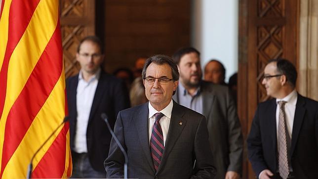 Mas pacta la pregunta de la consulta: «¿Quiere que Cataluña sea un Estado independiente?»