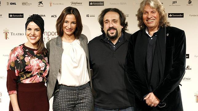 De izquierda a derecha, Roko, Cecilia Gómez, José Manuel Zapata y José Merce, esta semana en el Real