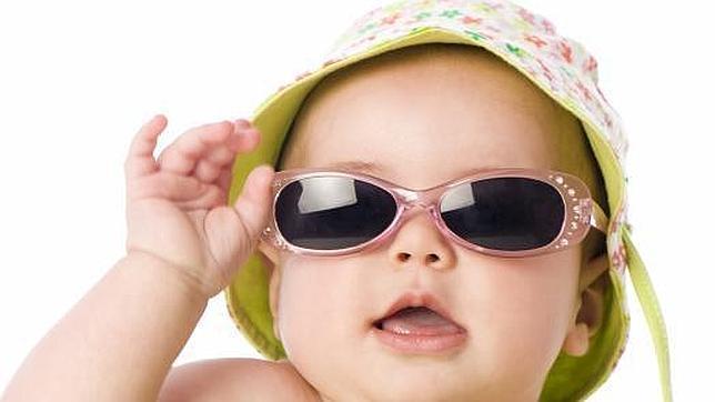 3ec7e13330 Los riesgos de usar gafas de sol del «top manta»