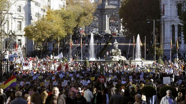 Protesta en Madrid contra los «recortes y privatizaciones» del Gobierno