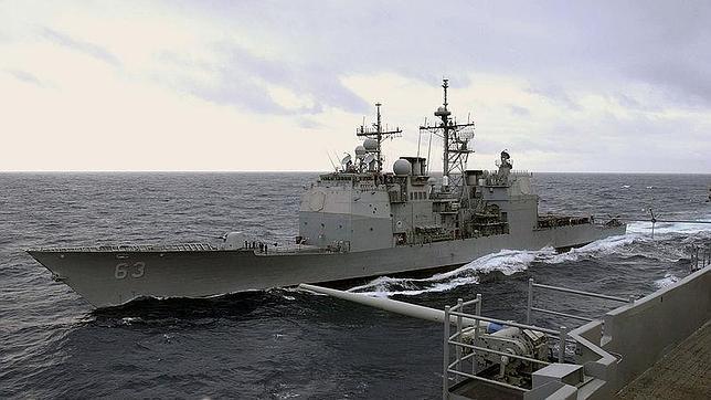 Un buque de guerra chino obliga a un destructor de EE.UU. a una maniobra evasiva