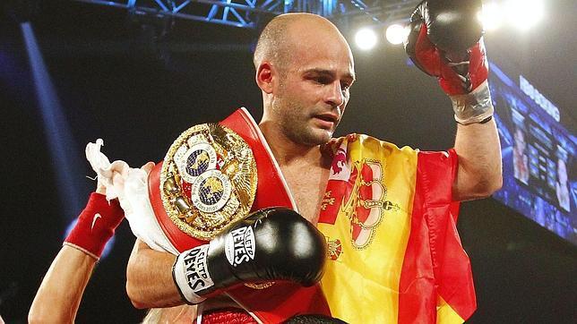 Kiko Martínez, campeón del mundo de boxeo, defiende este sábado su título en Elche