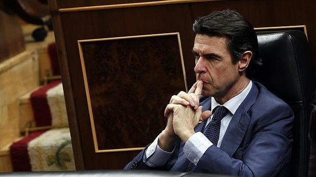 José Manuel Soria: «La subasta se ha manipulado y sé que existe preocupación en las eléctricas»