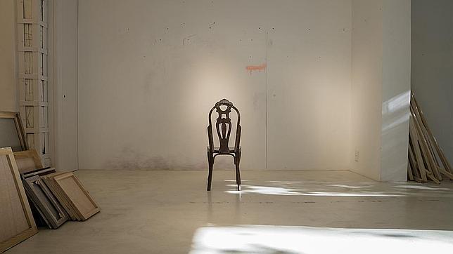 Foto de la serie «Cómo descodificar una silla», de Santiago Talavera