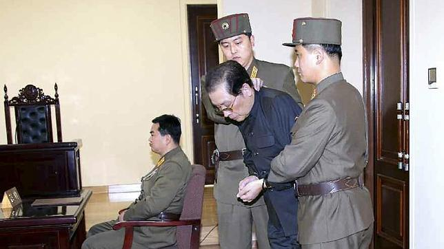 El tío de Kim Jong-un pudo ser devorado vivo por una jauría de perros hambrientos