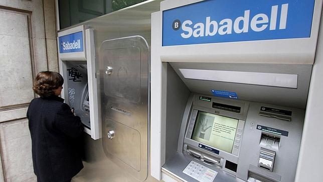 El ere en el banco gallego podr a cerrarse la pr xima semana for Banco galicia busca cajeros