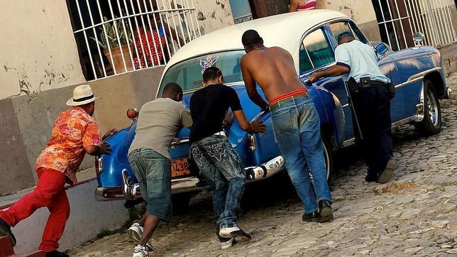 El Fin De Los Coches Clasicos Americanos En Cuba