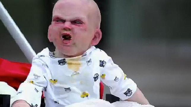El bebe diabólico que aterroriza a Nueva York
