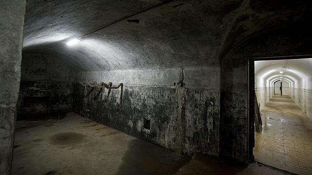 Estado actual de una de las salas del búnker del general Miaja, en el parque de El Capricho