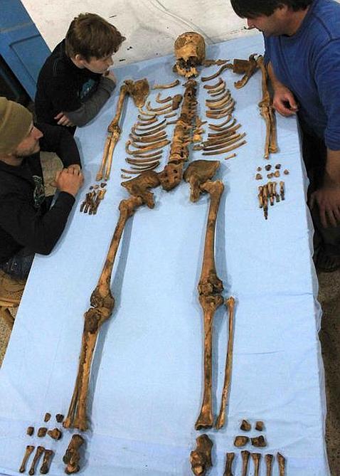Descubren los restos de un nuevo faraón en Egipto