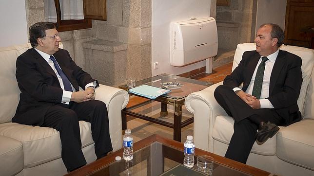 Durao Barroso insiste en que la independencia conllevaría la salida de Cataluña de la UE