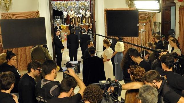En la gala que se está rodando en la imagen se pudieron ver algunos de los vestidos más exquisitos