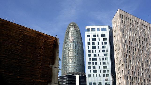 En pleno 22@ la Torre Agbar es el primer gran exponente del distrito tecnológico