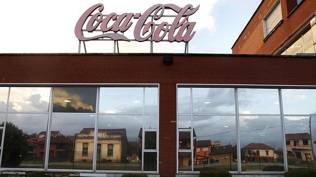 La embotelladora de Coca-Cola cierra sus plantas de Madrid, Asturias, Mallorca y Alicante