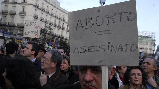 Asociaciones provida piden a Rajoy que no cambie «el espíritu» de la ley del aborto