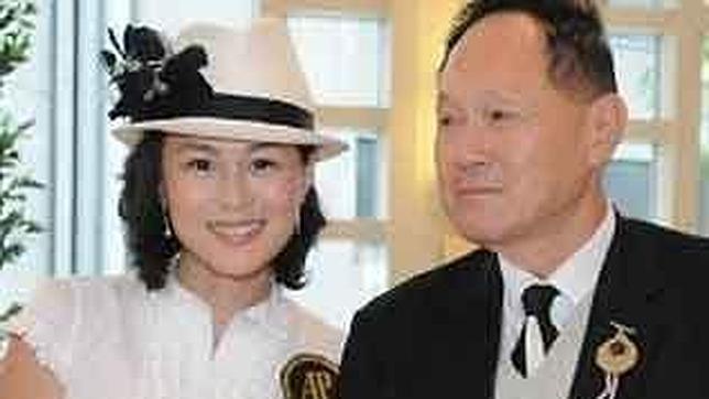 Un magnate ofrece 130 millones de dólares para que se casen con su hija lesbiana