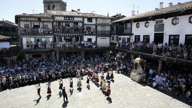 La Alberca durante una de sus fiestas patronales