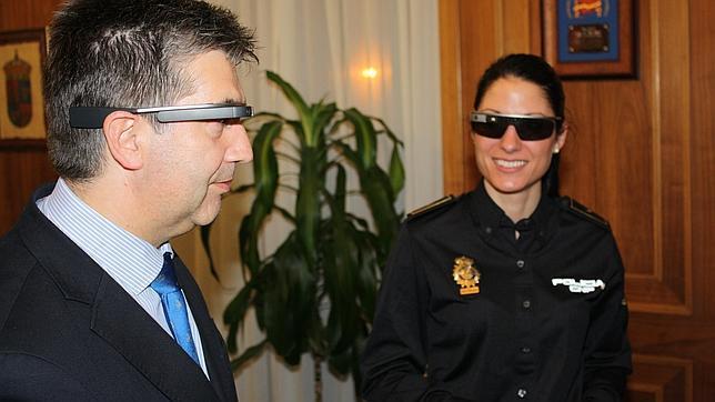 La Policía se pone las Google Glass