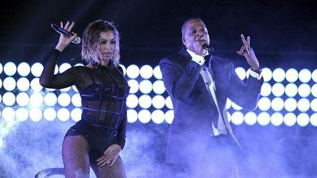 Beyoncé y Jay Z en su espectacular actuación en los Grammy