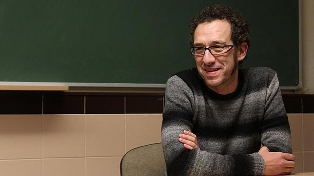 Menéndez Salmón: «Si llegara una crítica demoledora, intentaría metabolizarla»