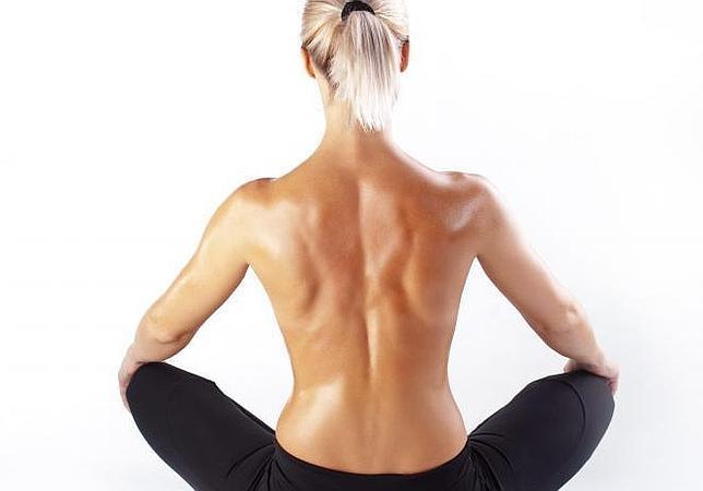 El yoga puede reducir la fatiga y la inflamación en las mujeres que han superado un cáncer de mama