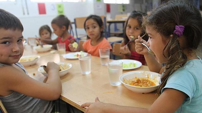 Uno de cada tres niños españoles vive en riesgo de pobreza