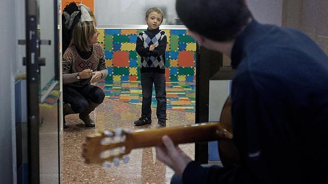El canto y la práctica de algún instrumento mejoran las habilidades de comunicación