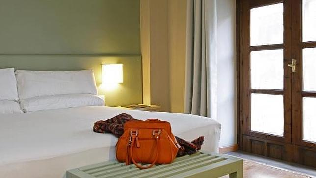 Dormir en una cama de agua for Camas de dormir
