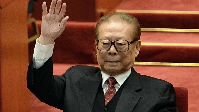 La Audiencia ordena la detención del expresidente chino Jiang Zemin y otros cuatro exdirigentes
