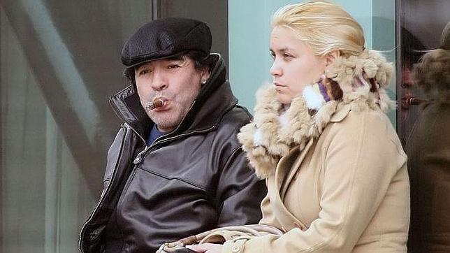 Diego Maradona será padre nuevamente con su ex, Verónica Ojeda