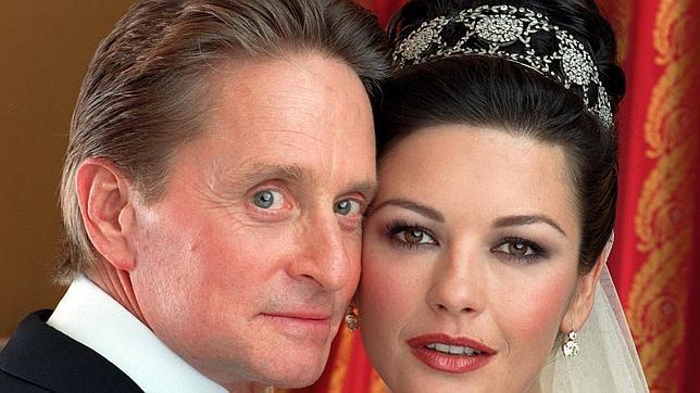 Michael Douglas y Catherine Zeta Jones planean renovar sus votos