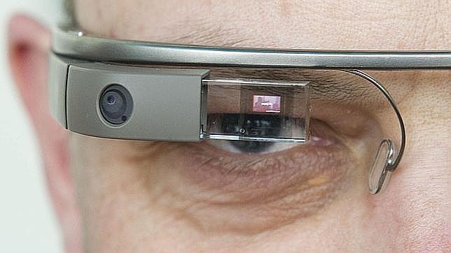 La Universidad de Alicante quiere que las Google Glasses detecten obstáculos