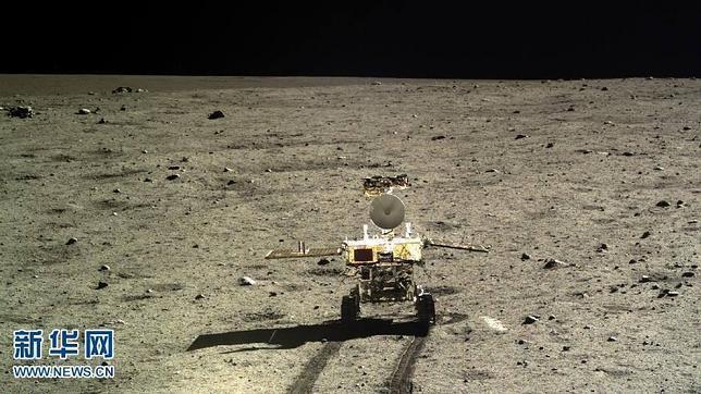 El rover lunar «Yutu» se despierta pese a su avería