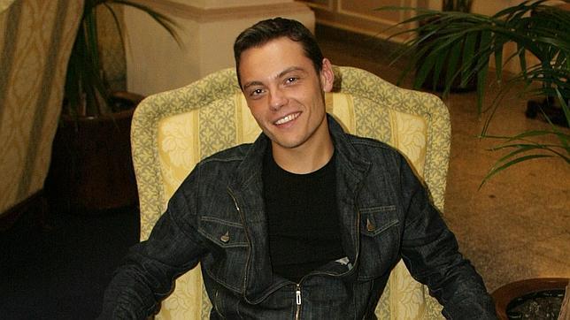 Tiziano Ferro posa para ABC en el año 2003