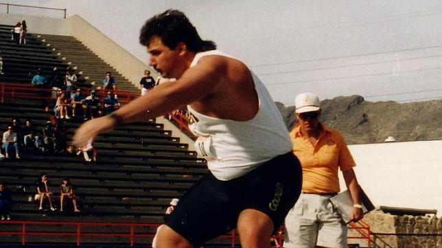 Randy Barnes, lanzador de peso norteamericano