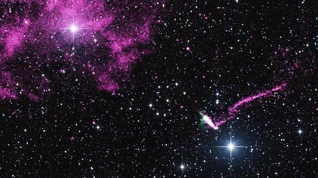 Un púlsar expulsa el chorro cósmico más largo de nuestra galaxia