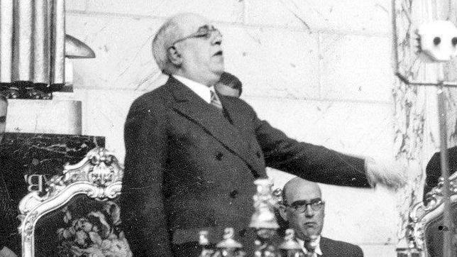 Azaña: «Los abusos de la Generalitat son de dominio público»