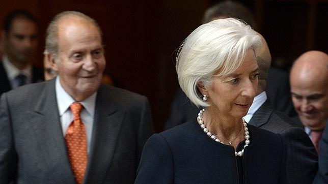 Lagarde dice que el reto de España es lograr que el crecimiento cree empleo