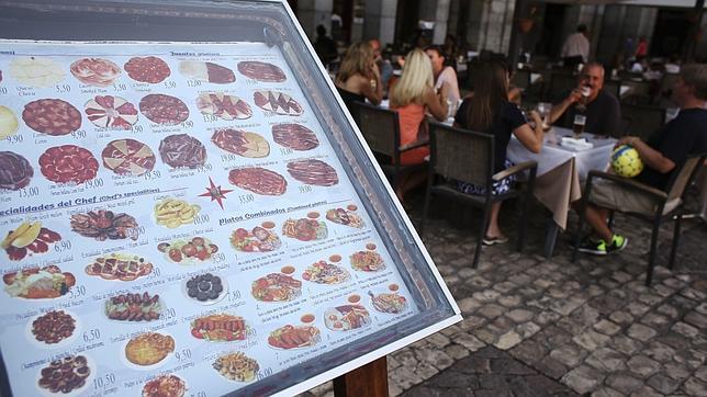 La hora de la cena en los distintos rincones de España