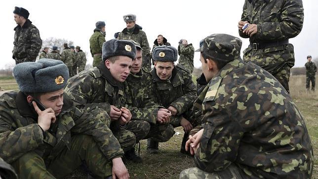 El miedo a que se prohíba hablar en ruso moviliza a la población de Crimea