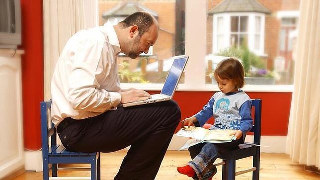 Gracias a las nuevas tecnologías muchos profesionales pueden conciliar su vida familiar y profesional